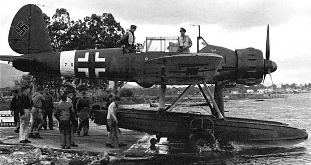 ar-196-7r-ak.png