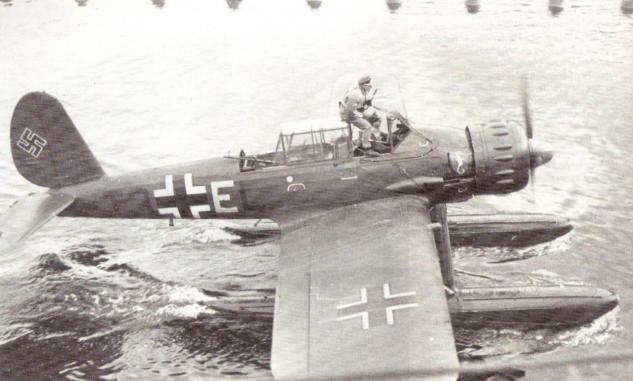 ar-196-admiral-scheer.jpg